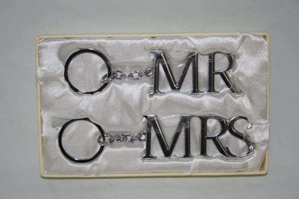 Mr Mrs Wedding Gifts: Mr And Mrs Silver Key Rings Wedding Gift